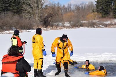 Water Rescue team picture - Streetsboro FD